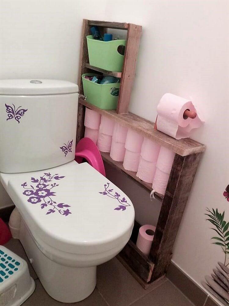 Pallet Toilet Paper Holder
