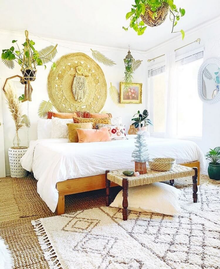 Bohemian Bedroom Decor (25)