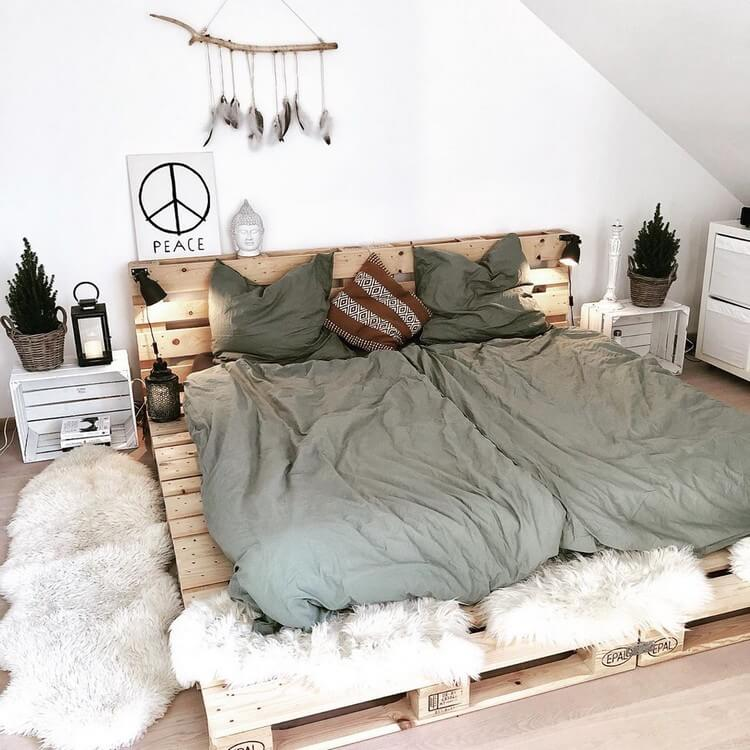 Bohemian Bedroom Decor (38)
