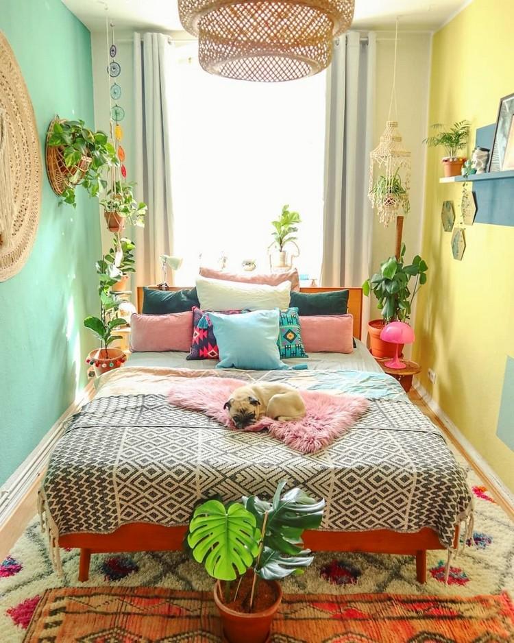 Bohemian Bedroom Decor Design (16)