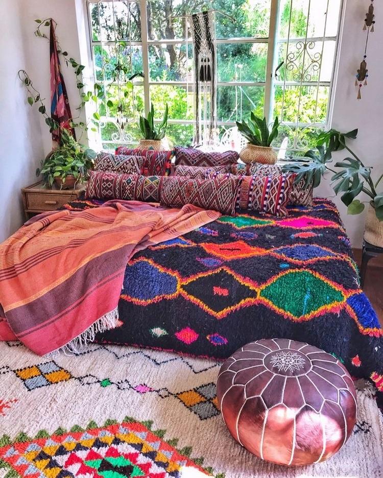 Enchanting Bohemian Bedroom Decor (24)
