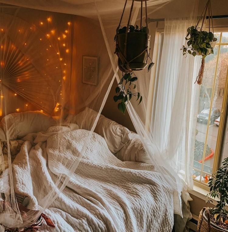 Enchanting Bohemian Bedroom Decor (9)